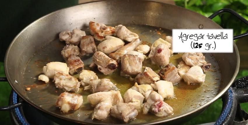 pollo-conejo-paella-marina