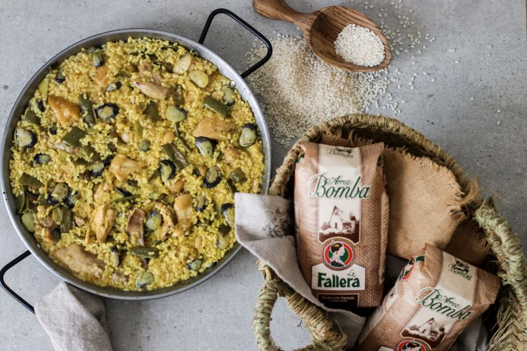 Paella valenciana by Delicious Martha